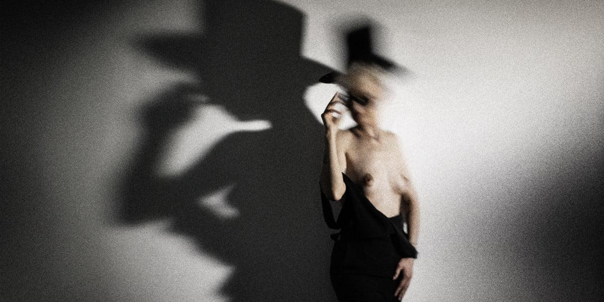 Nüdizm, Vücut Estetiği ve Fototerapi | Mustafa Turgut